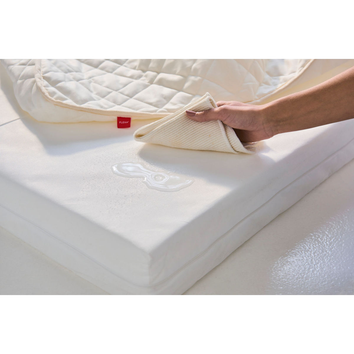 flexa classic latex matratze in creme 83 10326 272. Black Bedroom Furniture Sets. Home Design Ideas